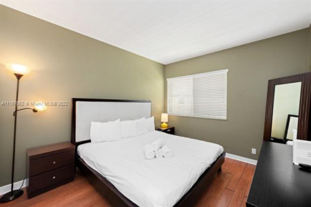 TWO BEDROOM FOR SALE IN SOUTH BEACH