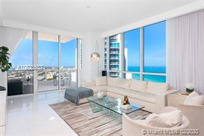 LARGE TWO BED AT CONTINUUM SOUTH BEACH